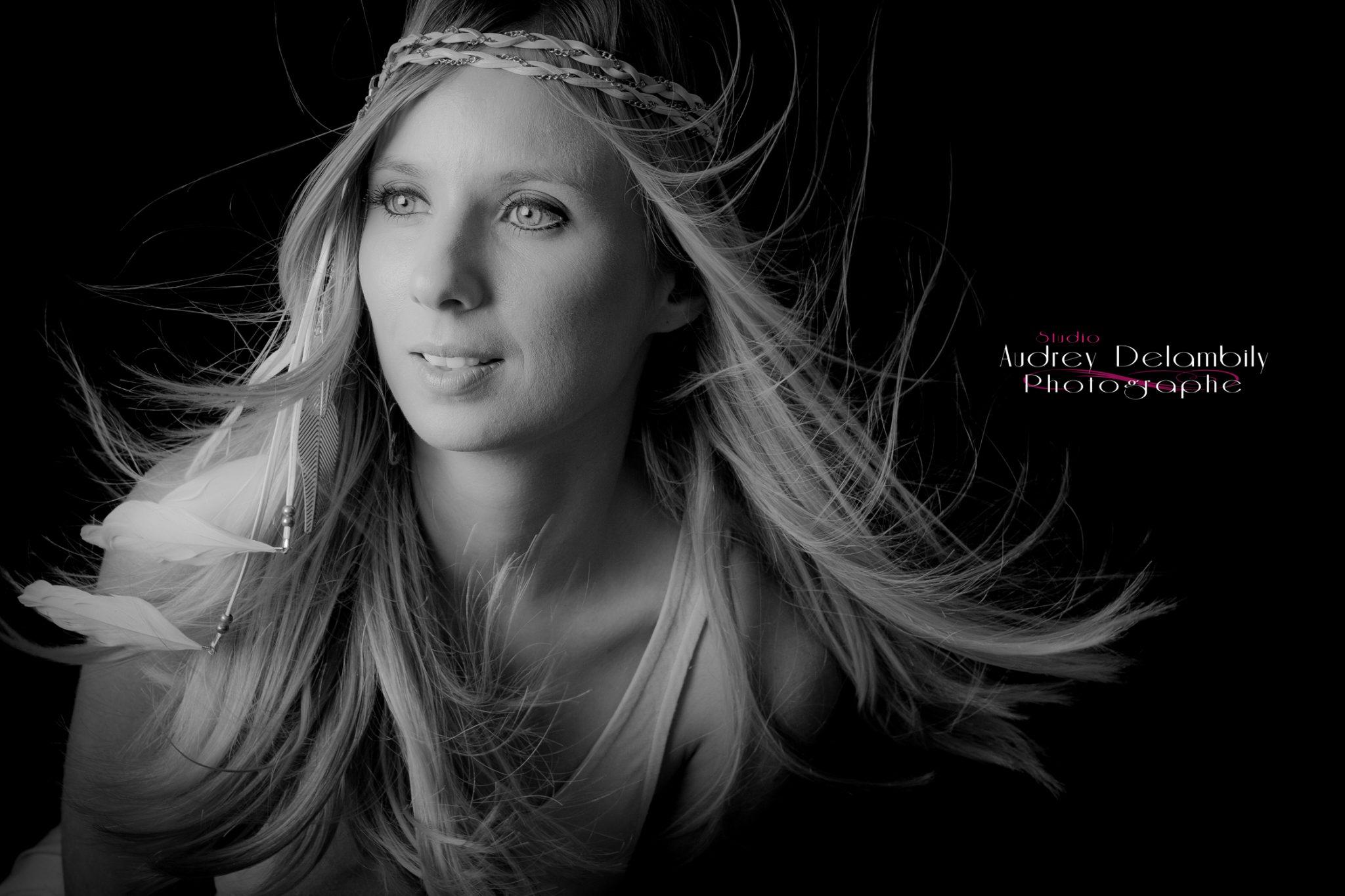 seance-photo-portrait-femme-studio-toulon-audrey-delambily-photographe