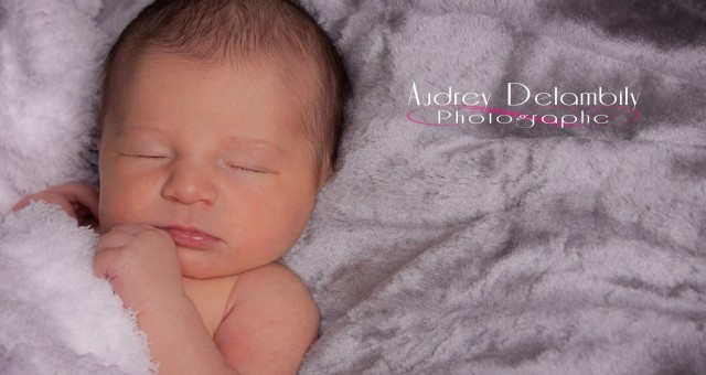 Photographe de bébé à Toulon | Nina