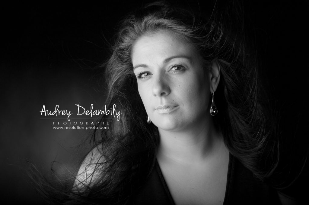 seance-photo-femme-studio-toulon-audrey-delambily-photographe-4