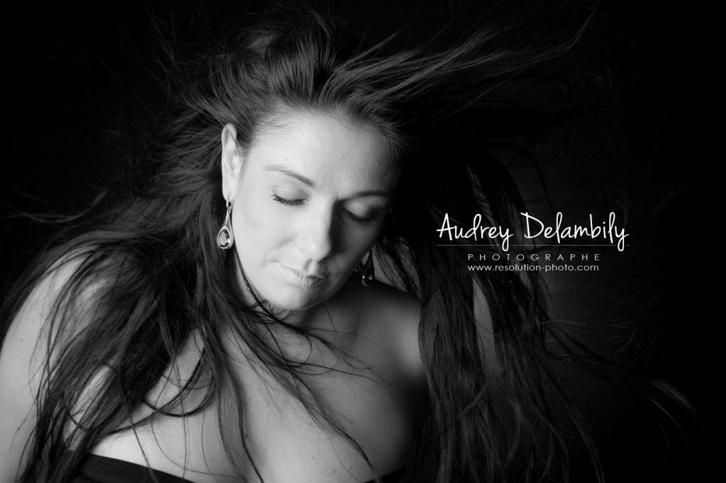 seance-photo-femme-studio-toulon-audrey-delambily-photographe-8