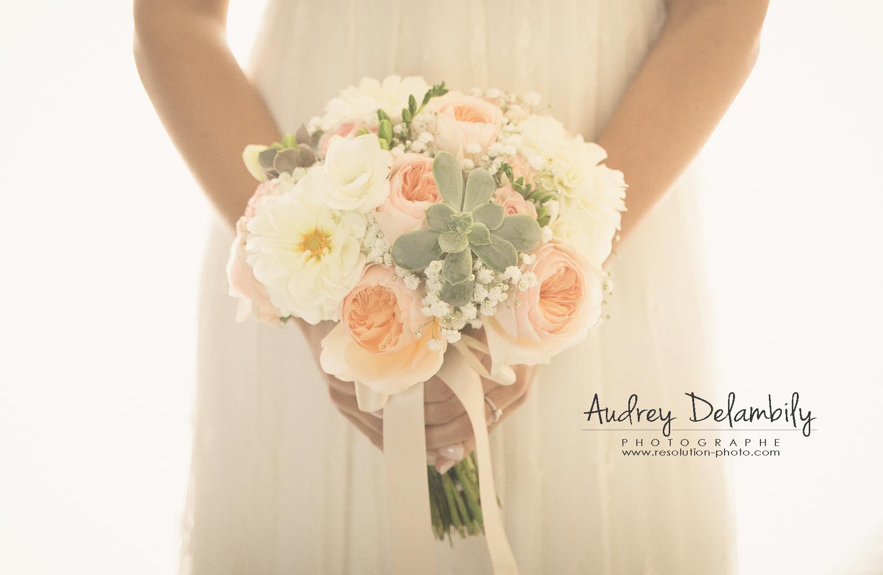 bouquet-mariee-photographe-mariage-var-toulon-hyeres-audrey-delambily