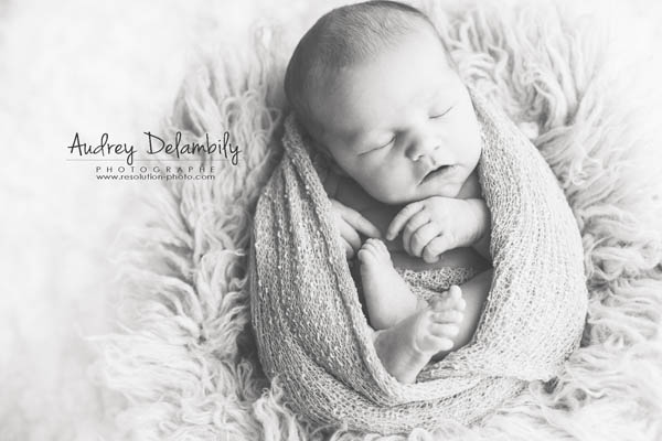 bebe-juliette-audrey-delambily-photographe-nouveau-ne-toulon