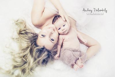 Photographe de bébé et maman dans le var