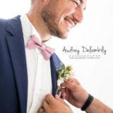 habillage-homme-mariage-boutonniere-photographe-préparatifs-audrey-delambily