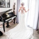 robe-mariage-dentelle-sirene-audrey-delambily-photographe-var-toulon-preparatifs