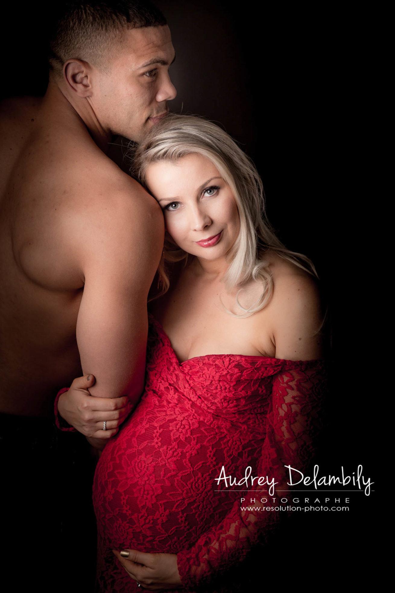 photographe-femme-enceinte-grossesse-studio-toulon-var-bryan-habana